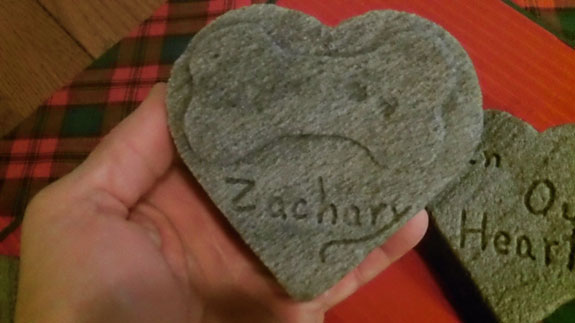 For Pets: Memorial Grave Stone Heart