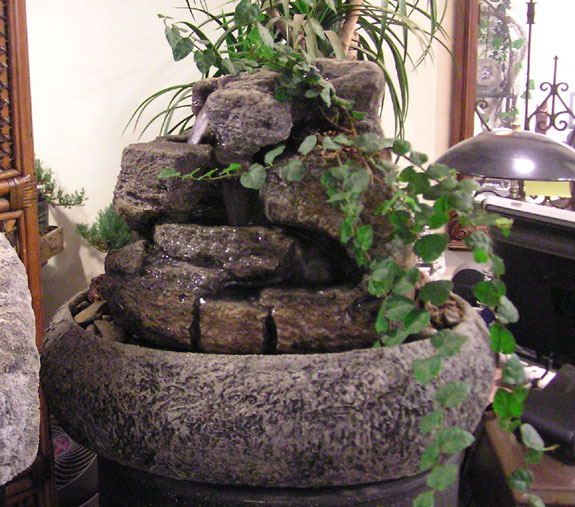 Medium Indoor Fountain W/ Live Plants #35