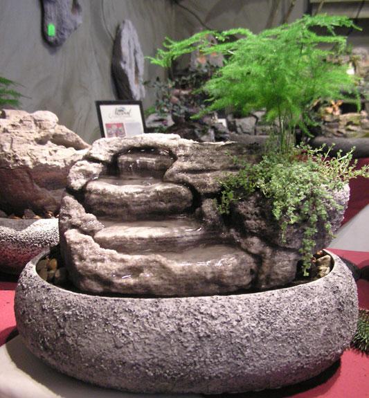 Medium Indoor Fountain w/Live Plants #48