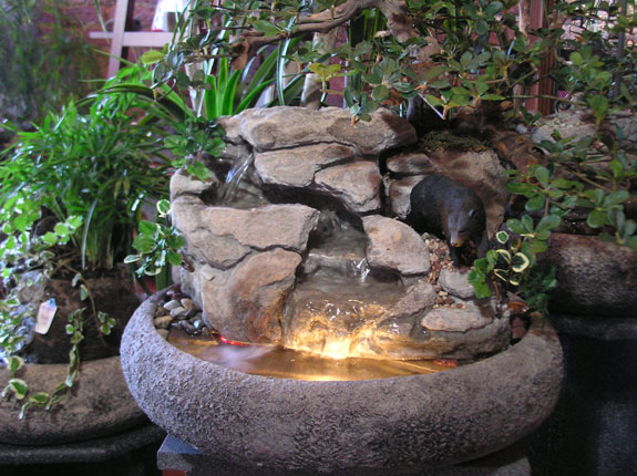 Black Bear Fountain(Artificial Plants)CD369